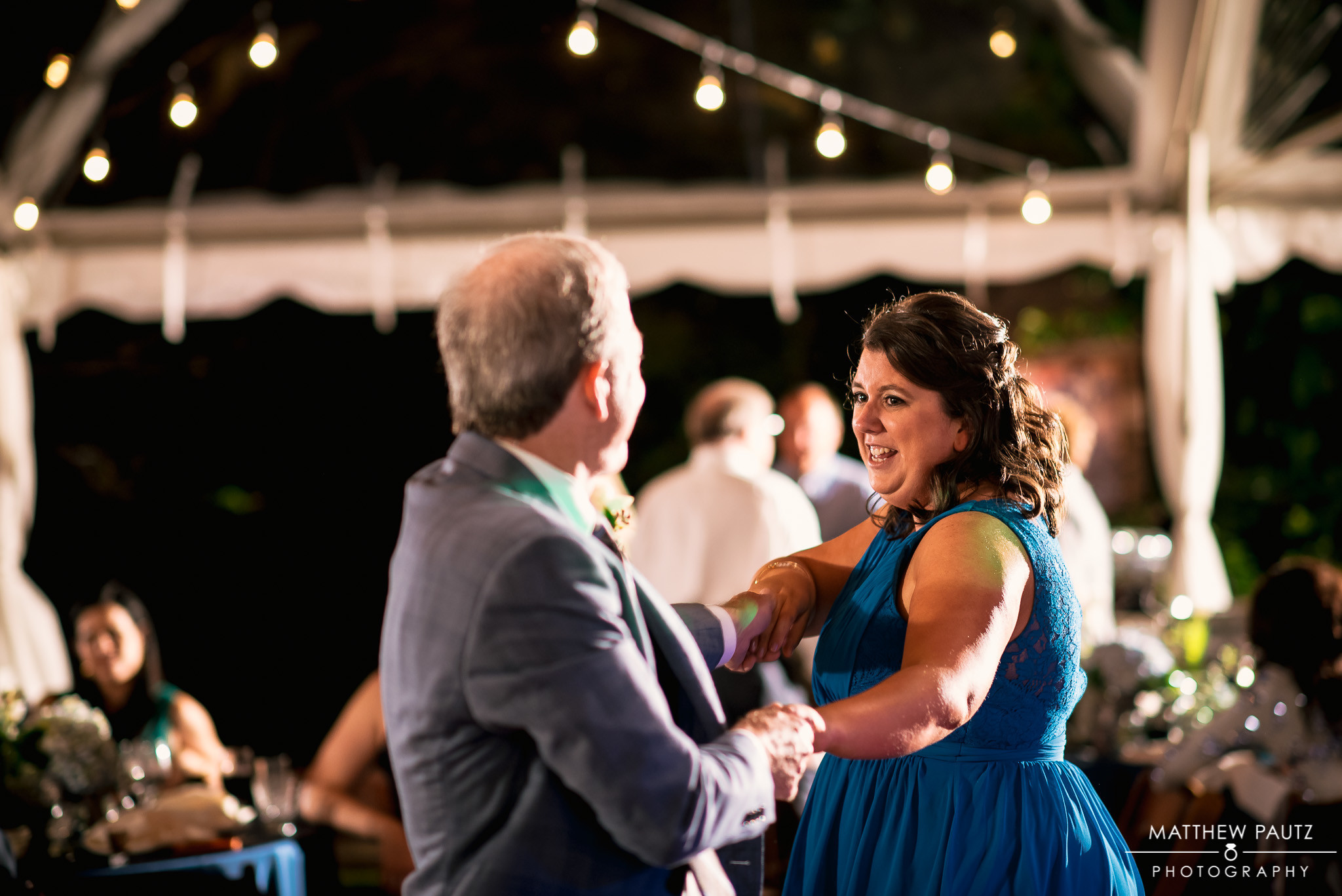 Whitney & Brandon had a high energy group of family & friends that packed the dance floor all night.