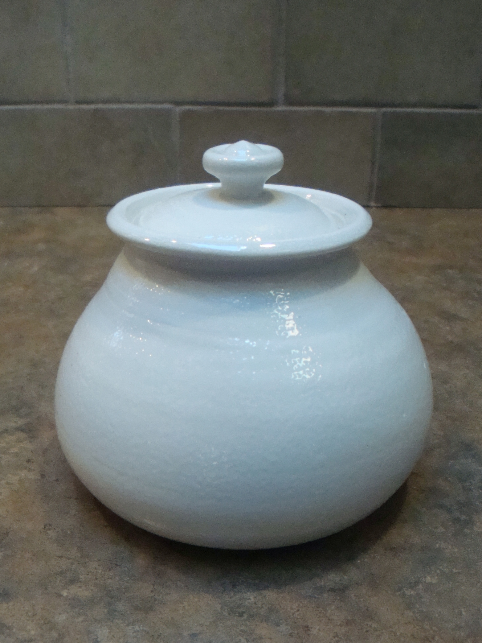 Rounded Jar