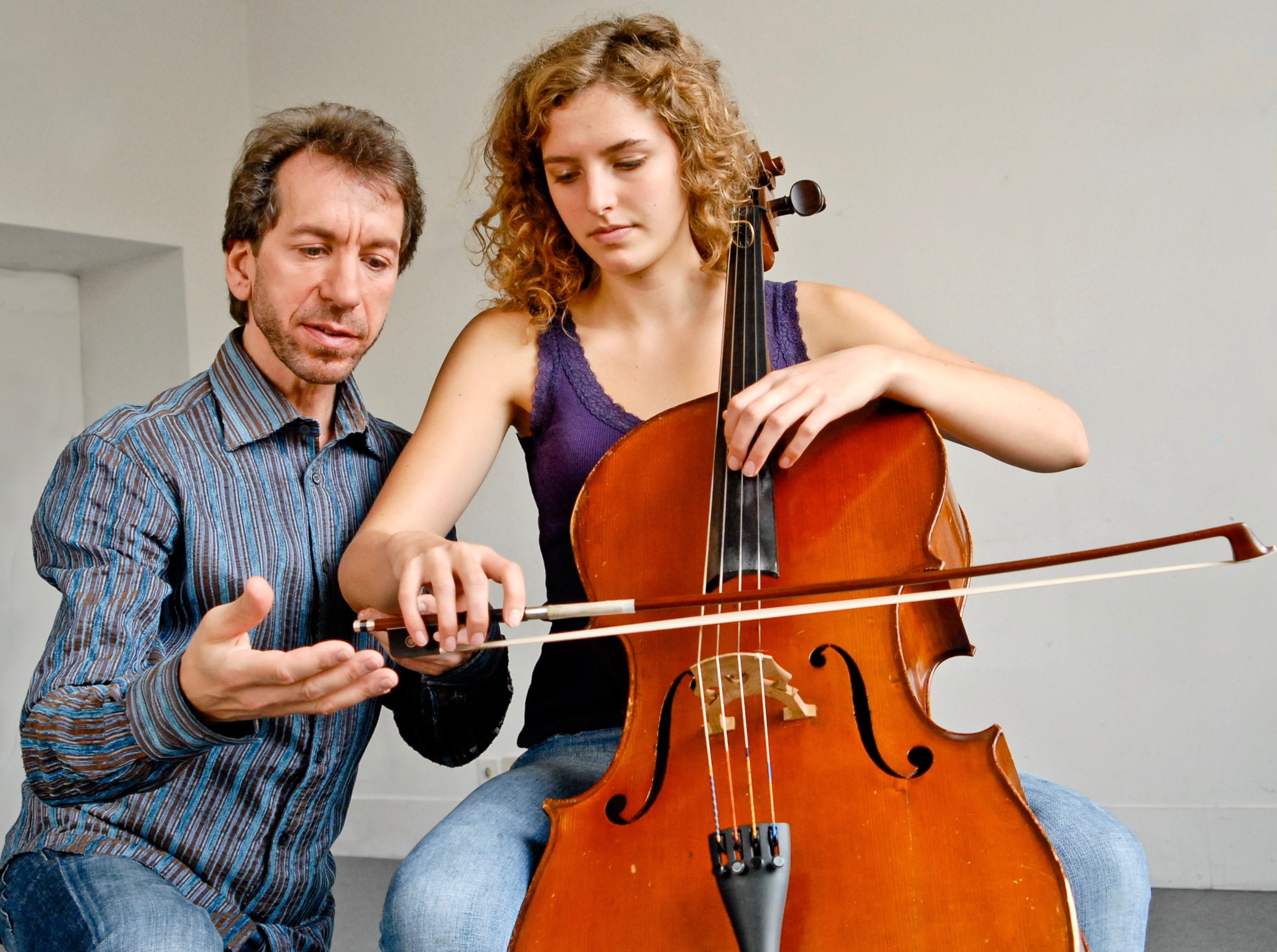 Cello Clinic - A unique personal service giving musicians access to in-depth, confidential and specialised help from one of the world's leading soloists.