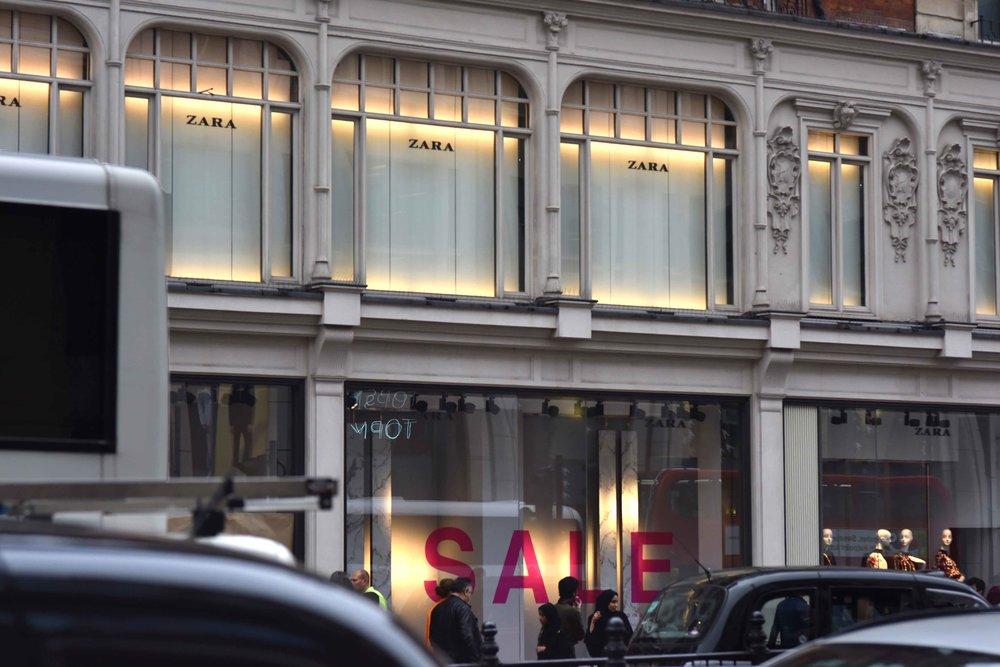 Zara, Knightsbridge, London, U.K. Image©thingstodot.com