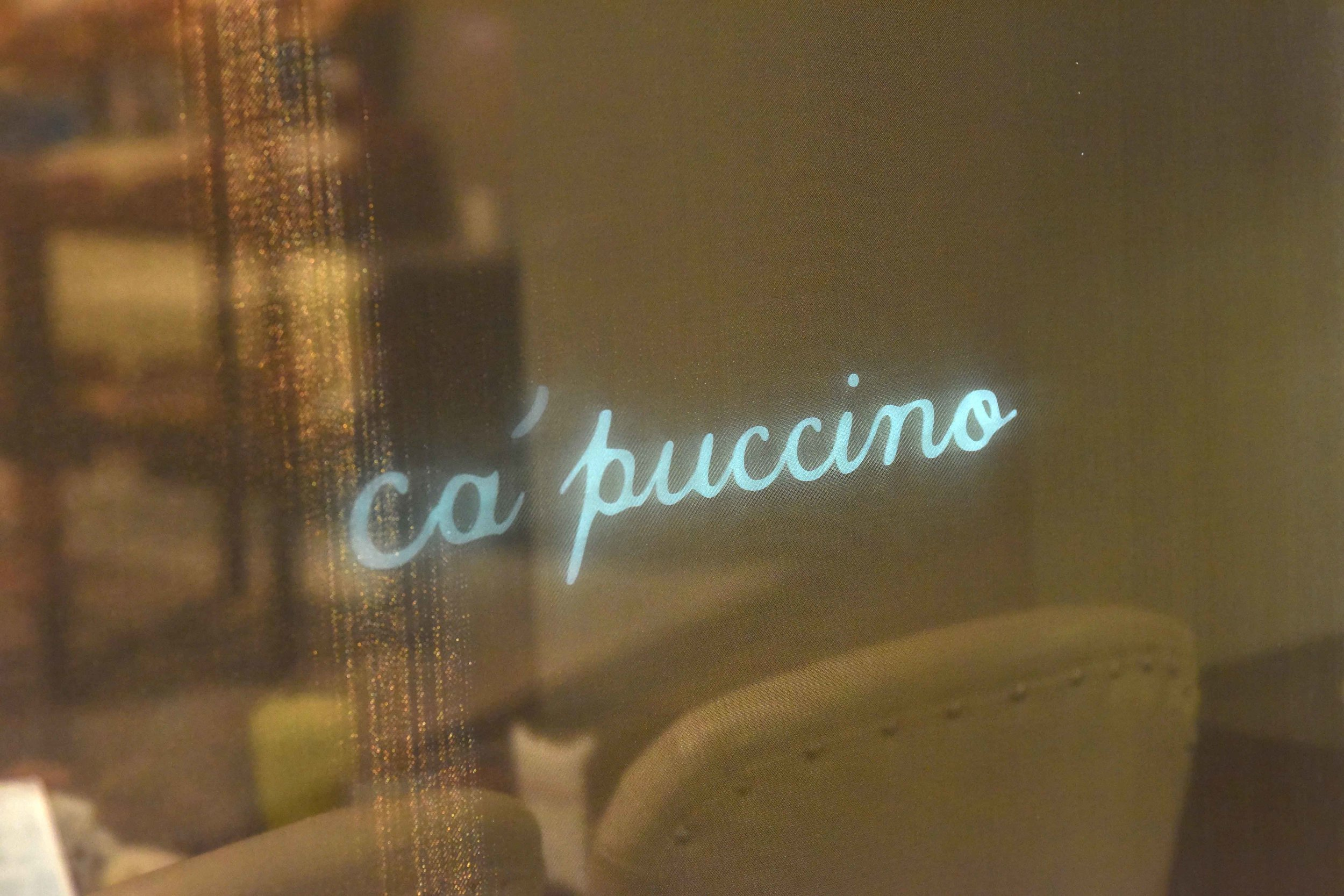 Ca'puccino, cafe at Harrods. Image©thingstodot.com
