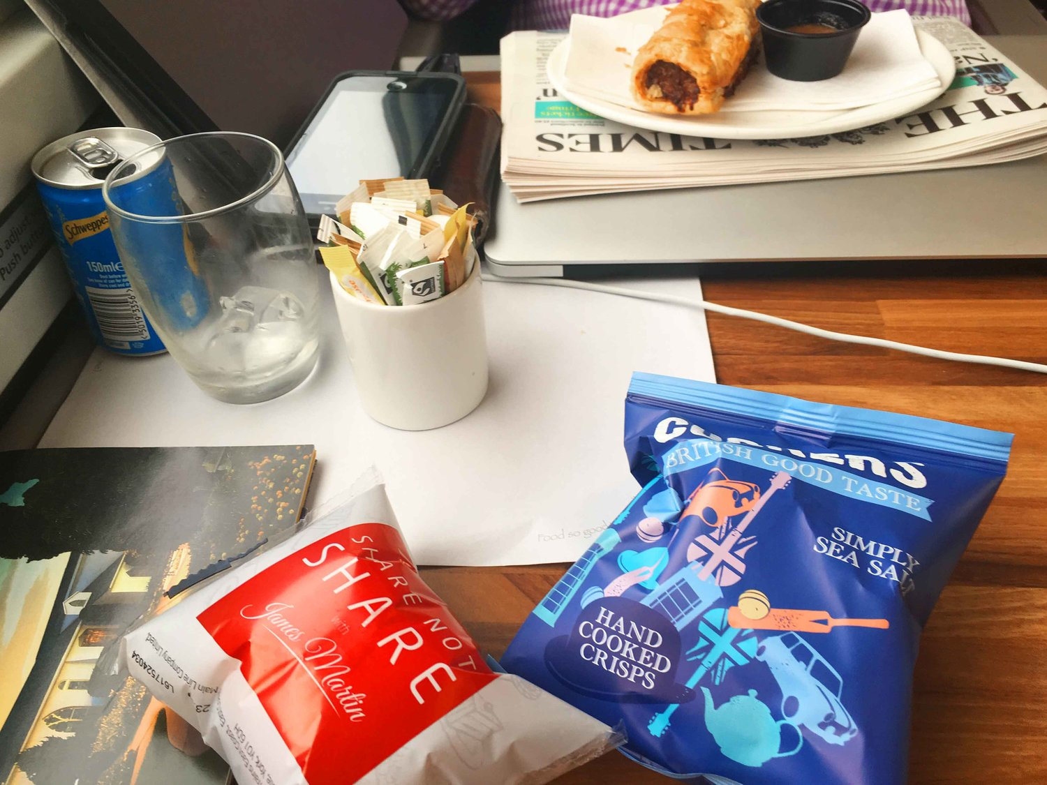 First Class, Virgin Trains East Coast, lunch service, Scotland to London King's Cross. Image©thingstodot.com