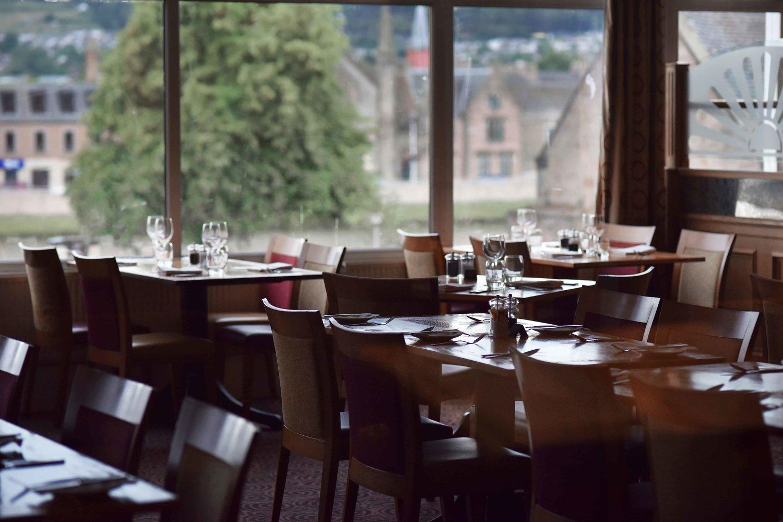 Breakfast buffet, dining area,Mercure Inverness hotel, Inverness, Scotland. Image©thingstodot.com
