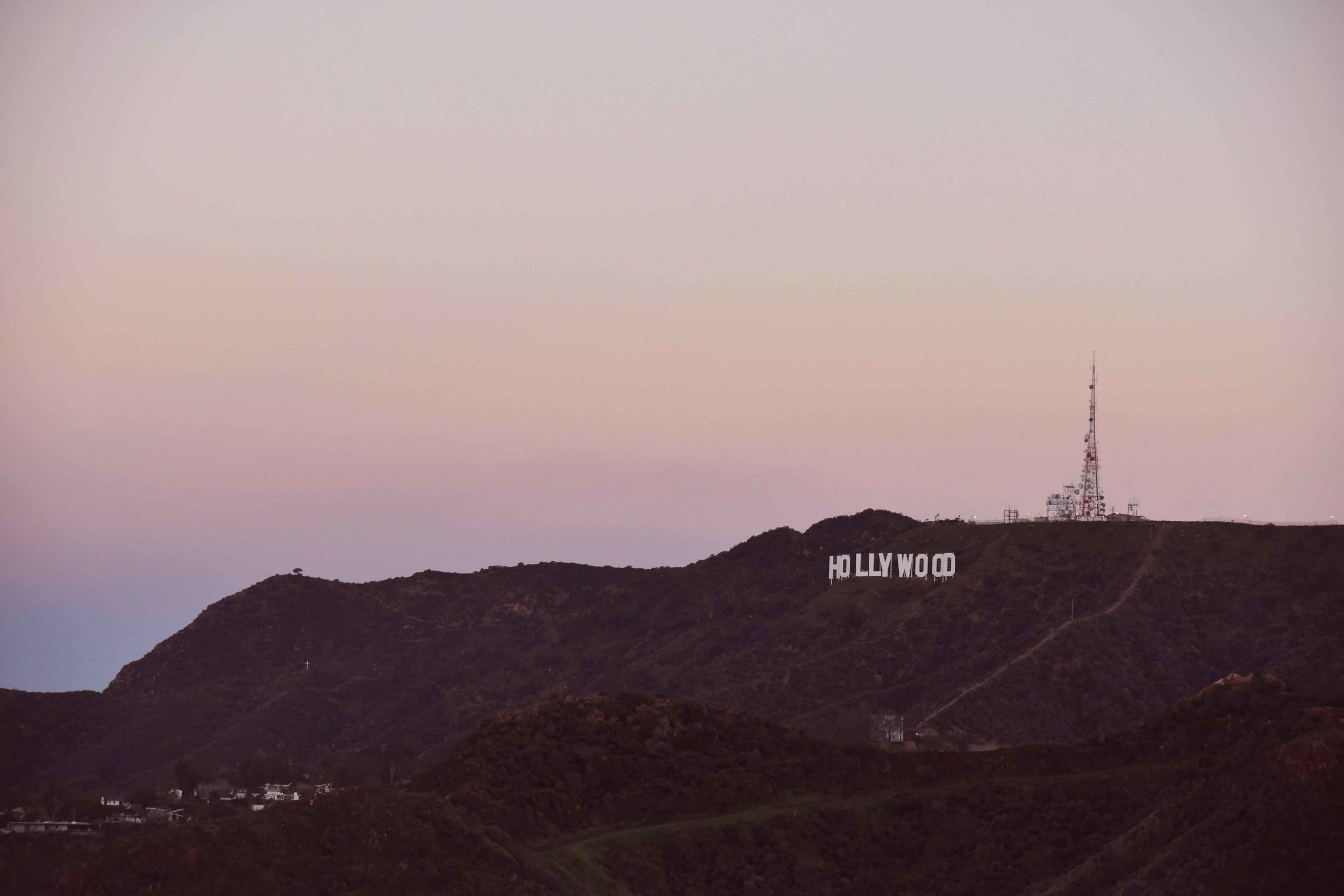 Sunrise from Griffith Park Observatory, Hollywood sign, Los Angeles, California. Image©thingstodot.com