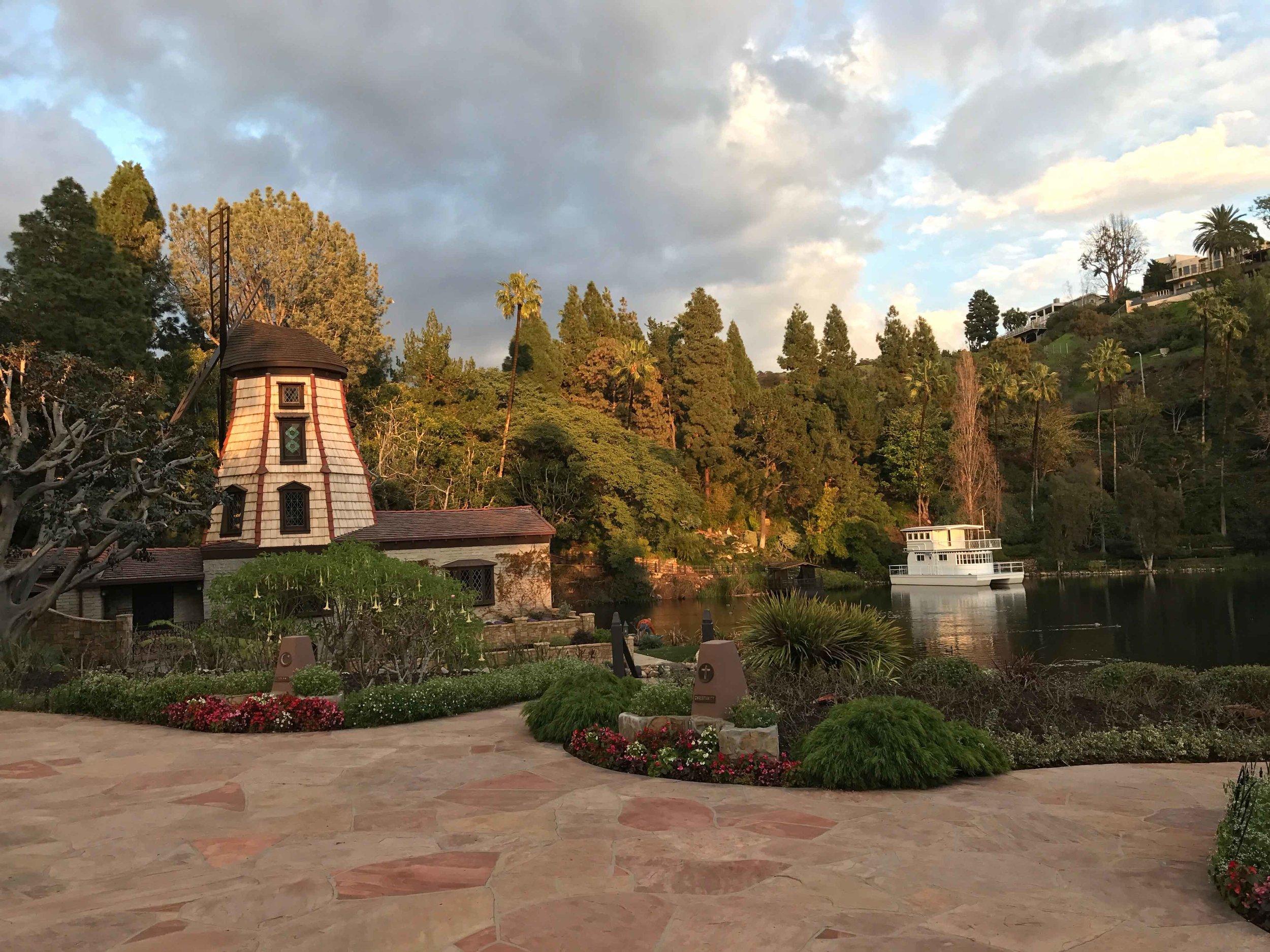 SRF Lake Shrine meditation gardens, Pacific Palisades. Image©thingstodot.com