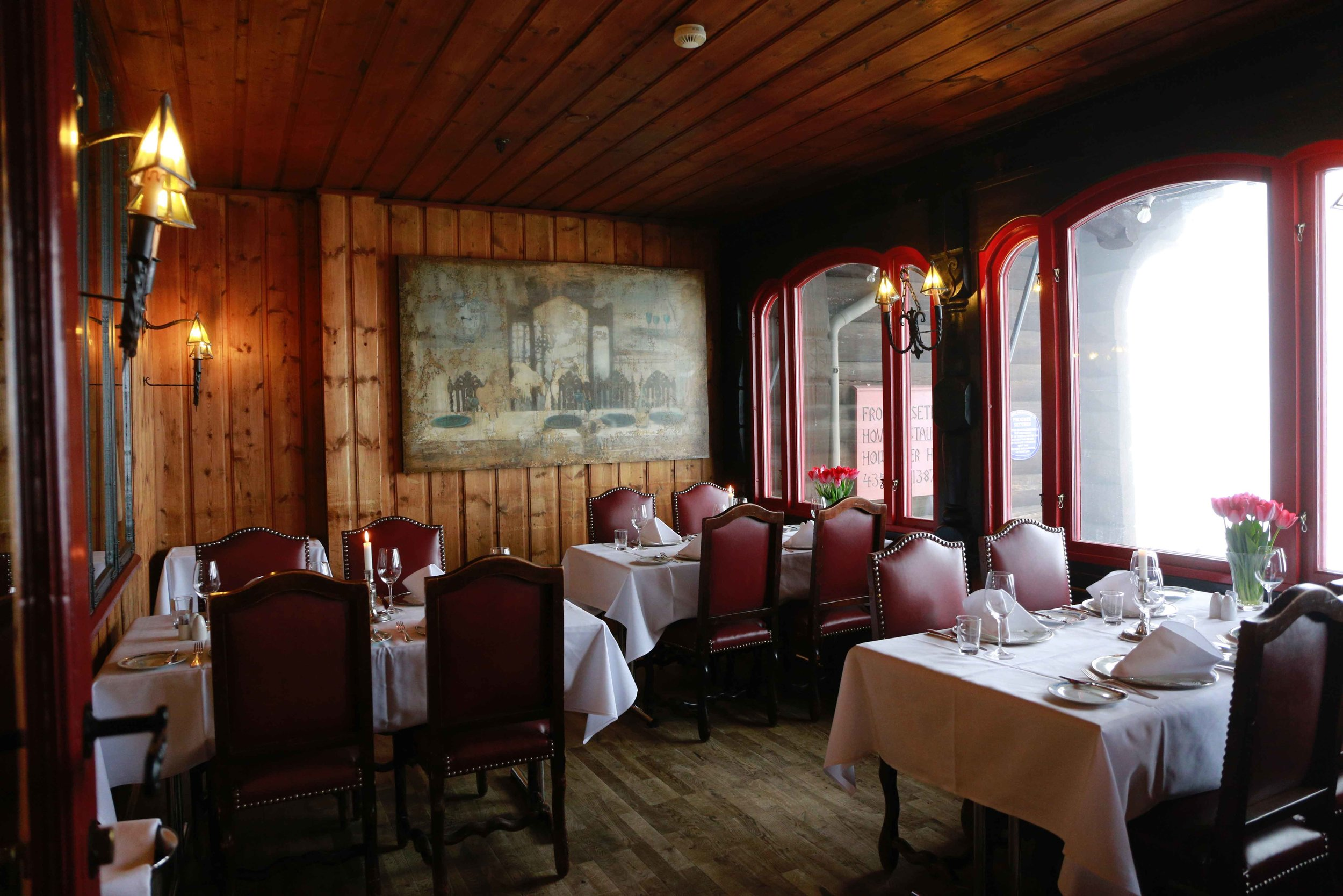 Frognerseteren, traditional Norwegian café & restaurant, Oslo. Photo: Oslo Photo Tour. Image©thingstodot.com