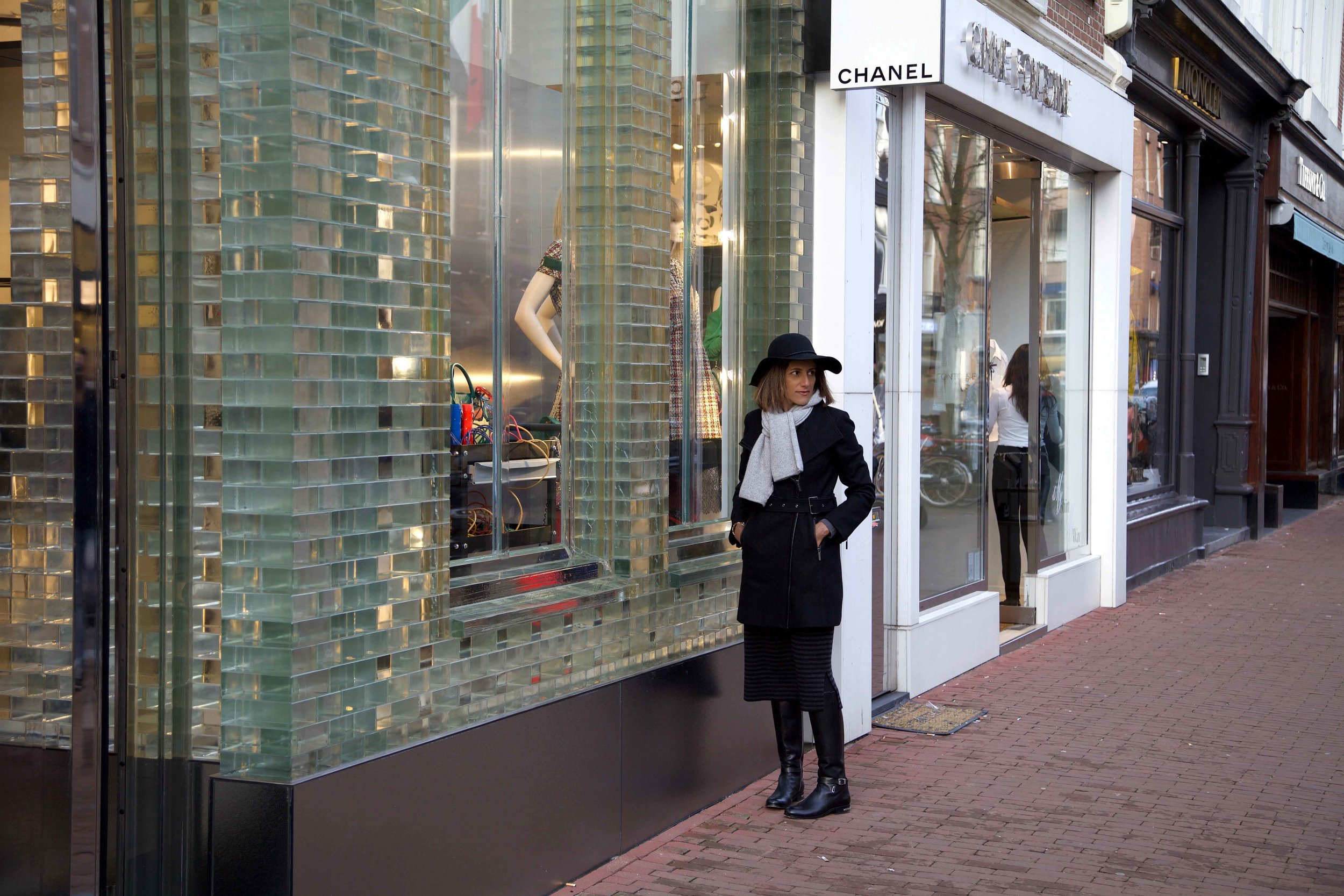 Luxury shopping, PC Hooftstraat, Amsterdam. Photo: Fabio Ricci. Image©thingstodot.com