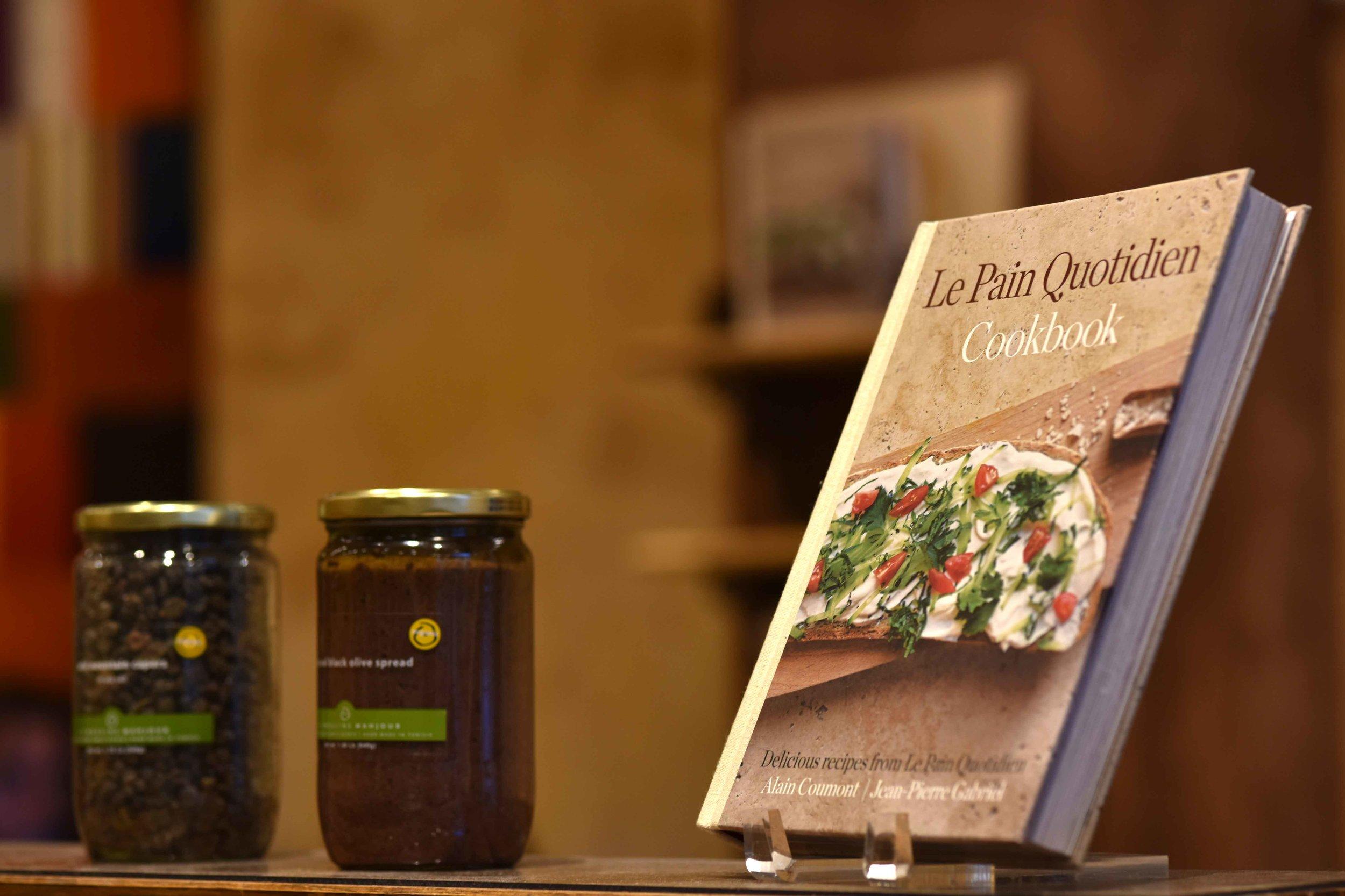 Le Pain Quotidien, Americana at Brand, Los Angeles, USA. Image©thingstodot.com