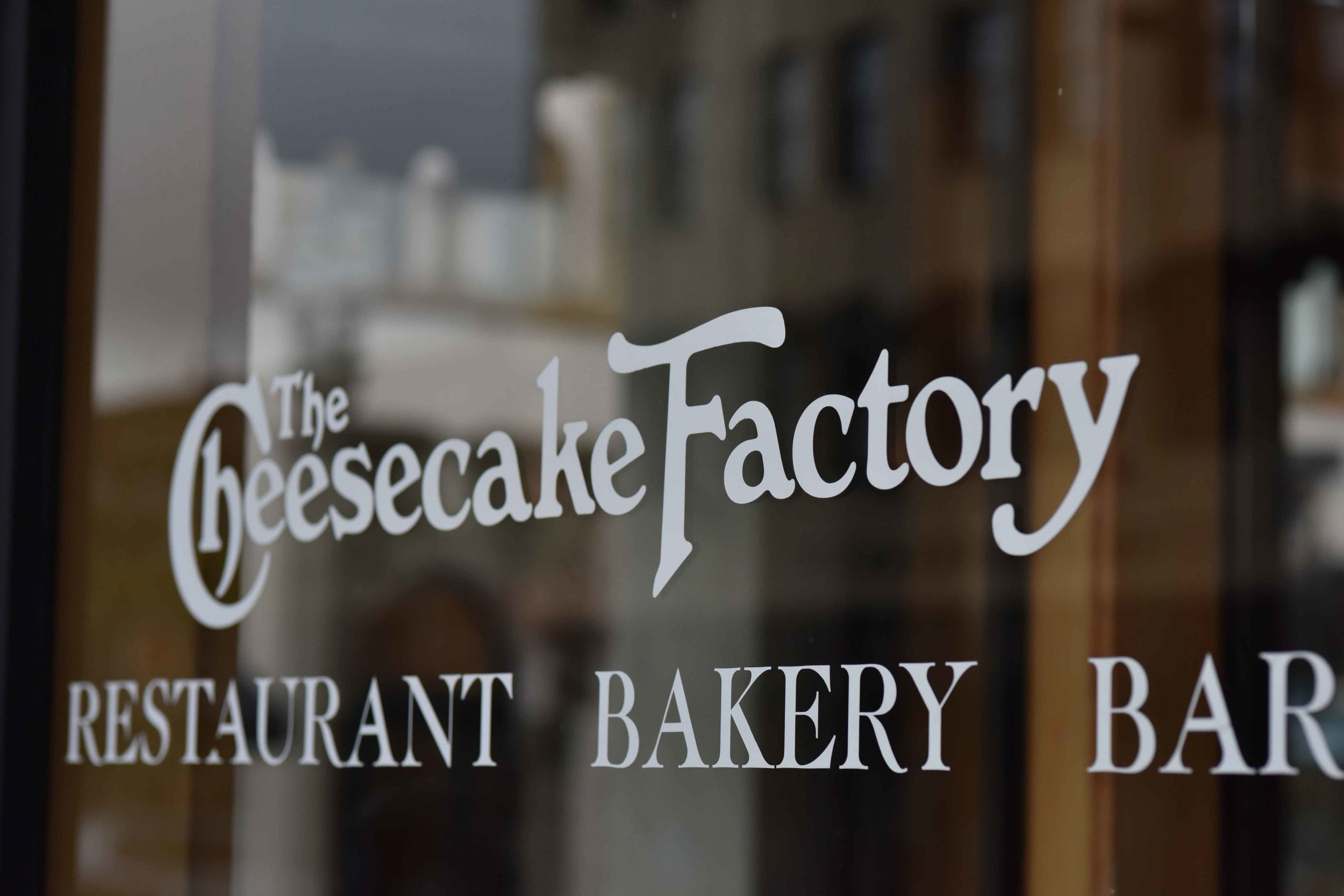 The Cheesecake Factory, Pasadena, Los Angeles. Image©thingstodot.com