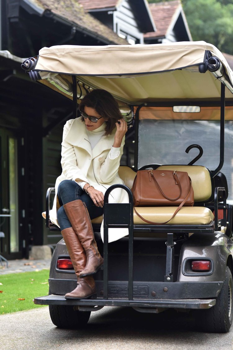 Buggy ride, Coworth Park Hotel & Spa, Ascot, UK. Photo: Nina Shaw. Image©thingstodot.com