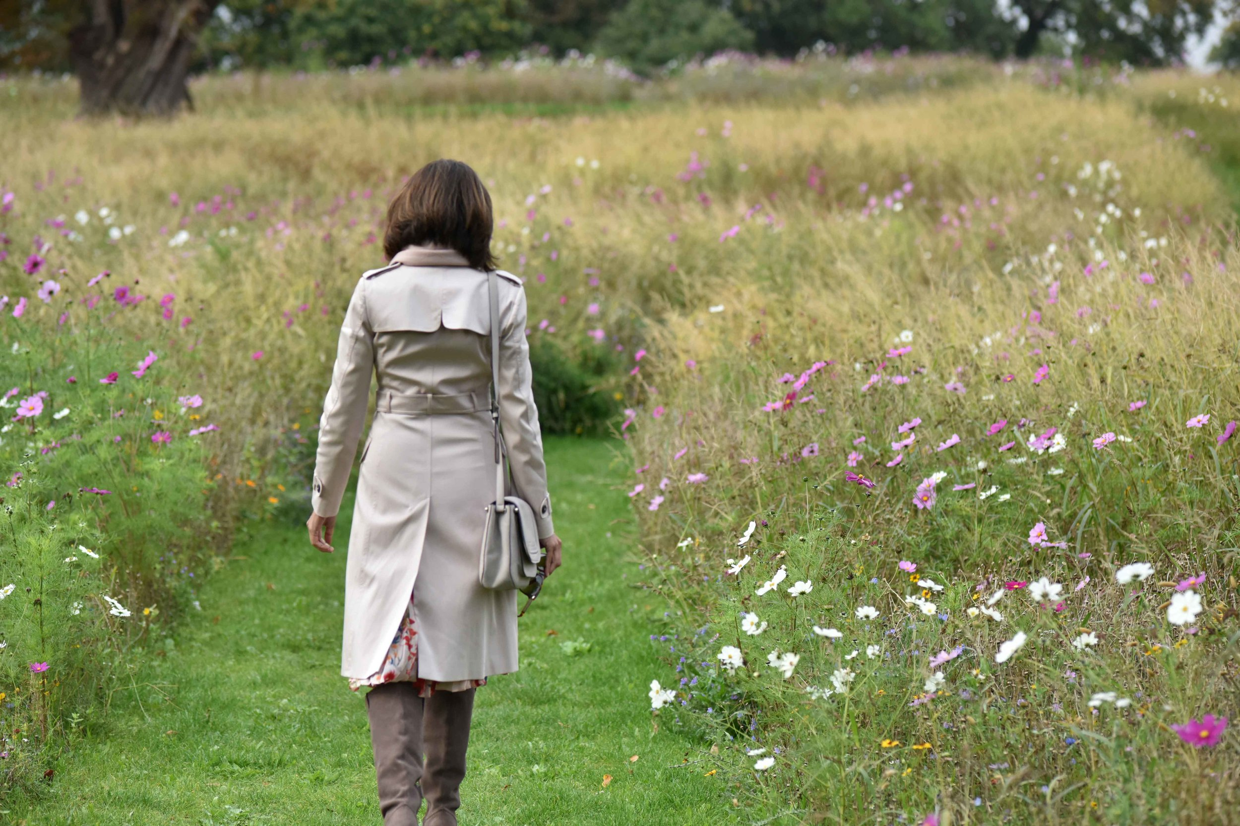 A walk in paradise, Coworth Park Hotel & Spa, Ascot, UK. Photo: Nina Shaw.  Image©thingstodot.com