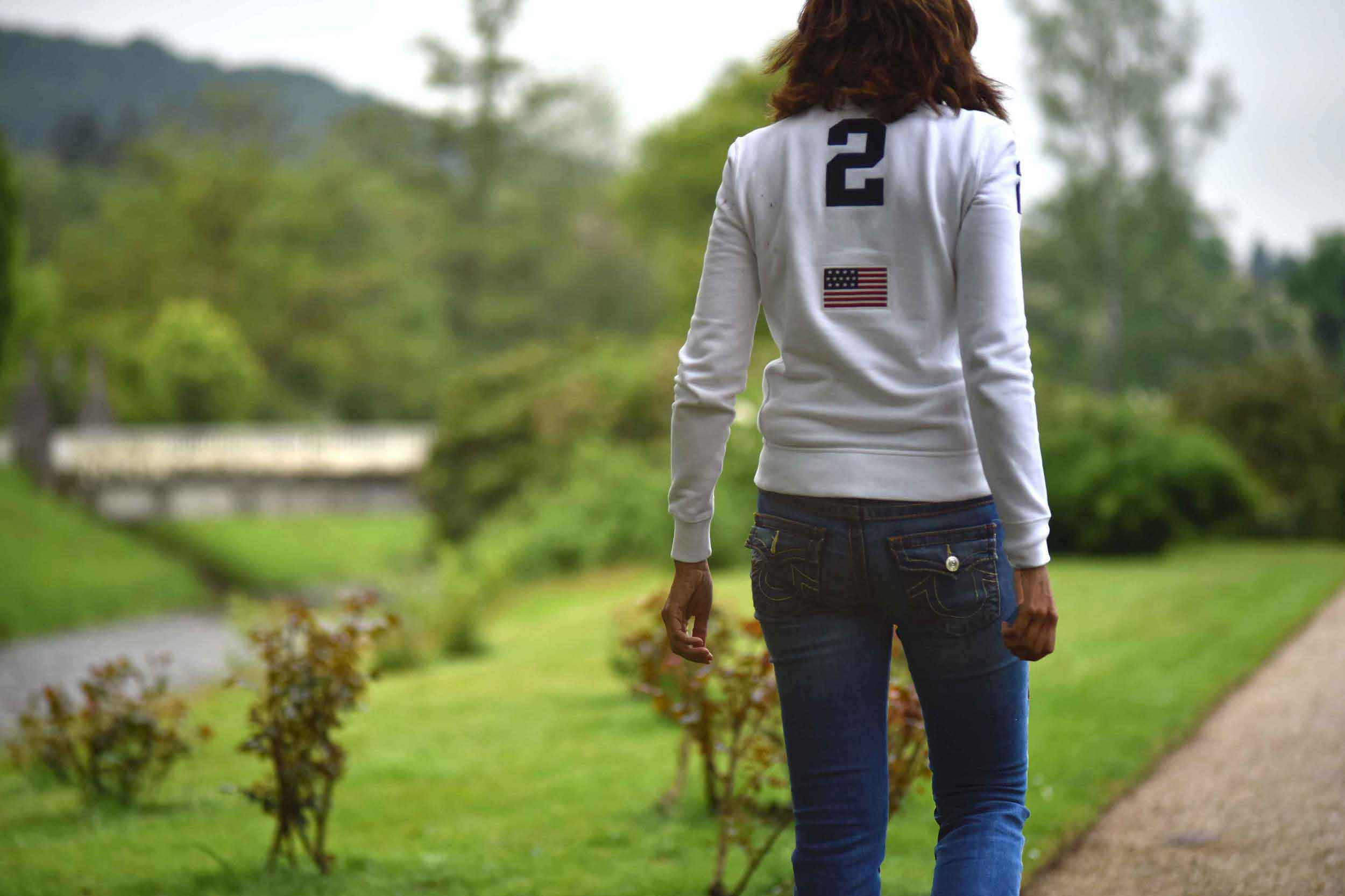 Polo Ralph Lauren, white fleece jacket, Goenneranlage, Baden Baden, Germany. Image©thingstodot.com