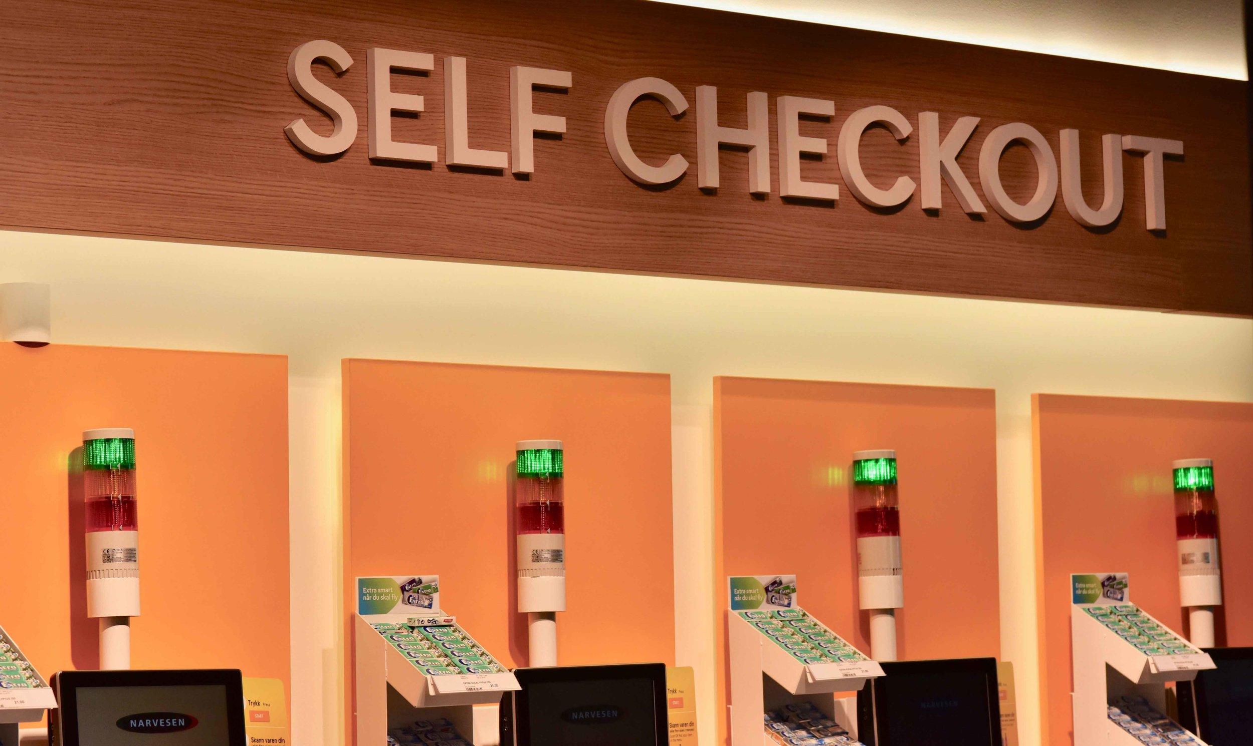Self Checkout shops,Oslo Gardermoen Airport, Oslo, Norway. Image©thingstodot.com