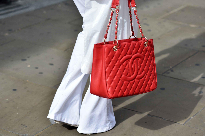 Chanel shopping bag version, London Street Fashion, London, UK. Photo:Gunjan Virk. Image©thingstodot.com
