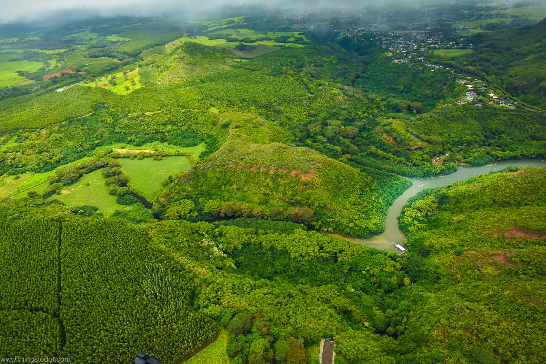 Wailua River, Kauai, Hawaii, aerial view, Jack Harter Doors Off Helicopter Tour.Image©www.thingstodot.com
