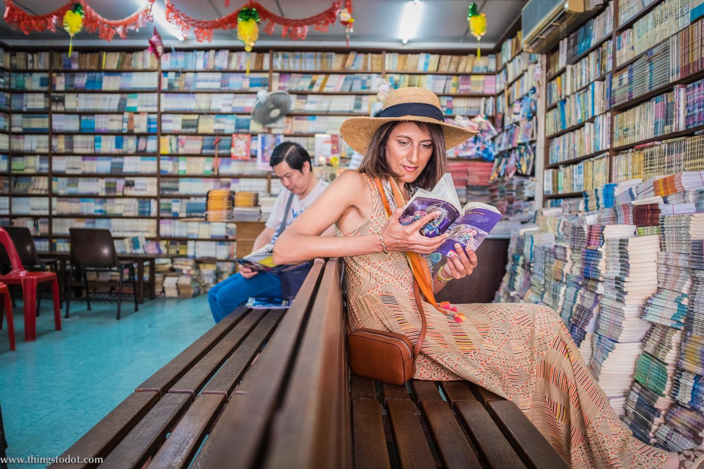 Chinatown, Singapore, comic bookstore. Photo: Aik Beng Chia (ABC).Image©www.thingstodot.com.