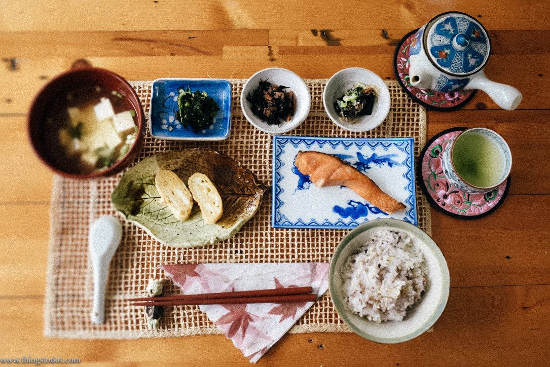 Japanese breakfast, Airbnb, Tokyo, Japan. Image©www.thingstodot.com.