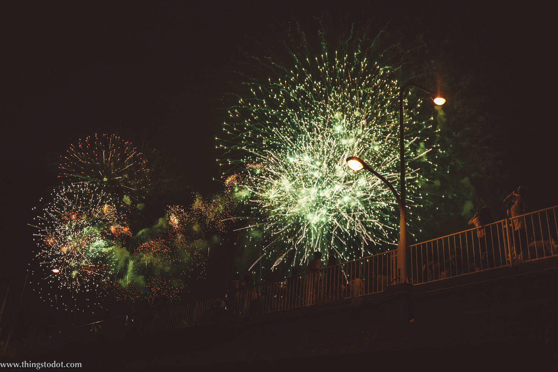 Adachi Fireworks on Arakawa river, Tokyo, Japan. Image©www.thingstodot.com.