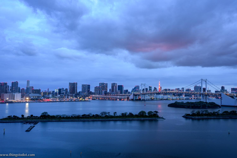 Hilton Tokyo Odaiba Hotel, Sunrise from my room. Photo: Gunjan Virk. Image©www.thingstodot.com.