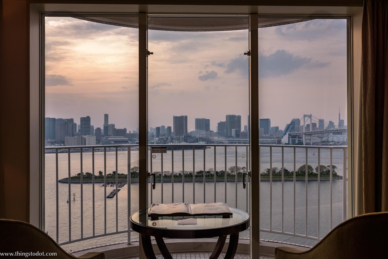 Hilton Tokyo Odaiba Hotel, Sunset from my room. Photo: Gunjan Virk. Image©www.thingstodot.com.