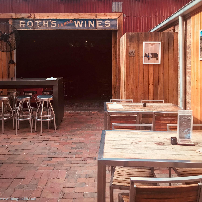 Roth's pub, Mudgee.Photo:Sofia Max. Image©www.thingstodot.com.