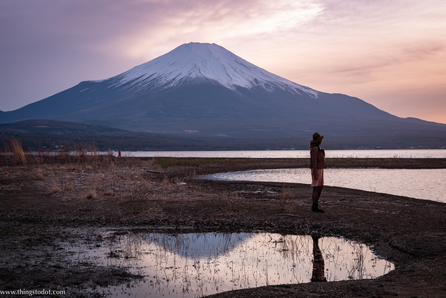 Mt. Fuji, Lake Yamanaka, Fuji, Japan. Image©www.thingstodot.com.