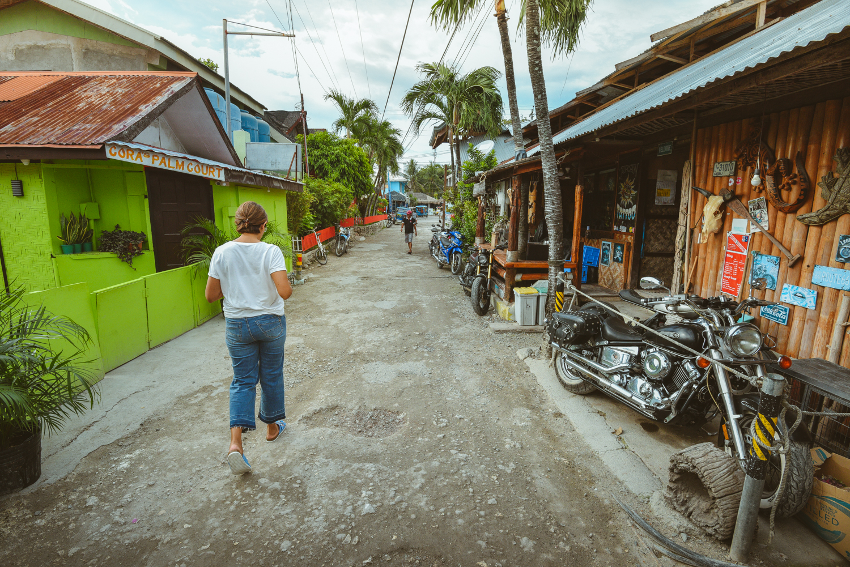 Panagsama, Cebu, Philippines. Photo: Brad Chilby (https://chilby.com.au/). Photo©www.thingstodot.com.