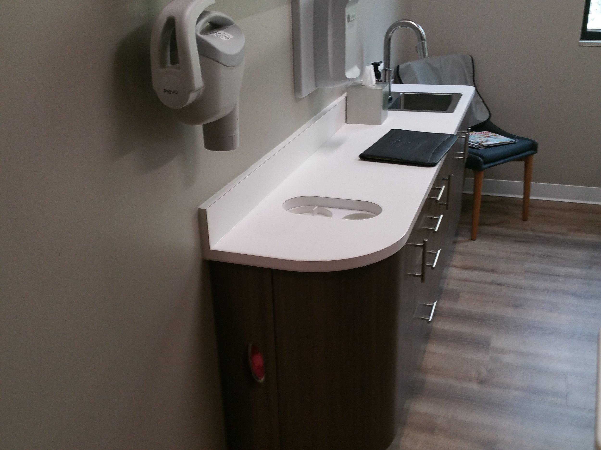 Dentist Office 2.jpg