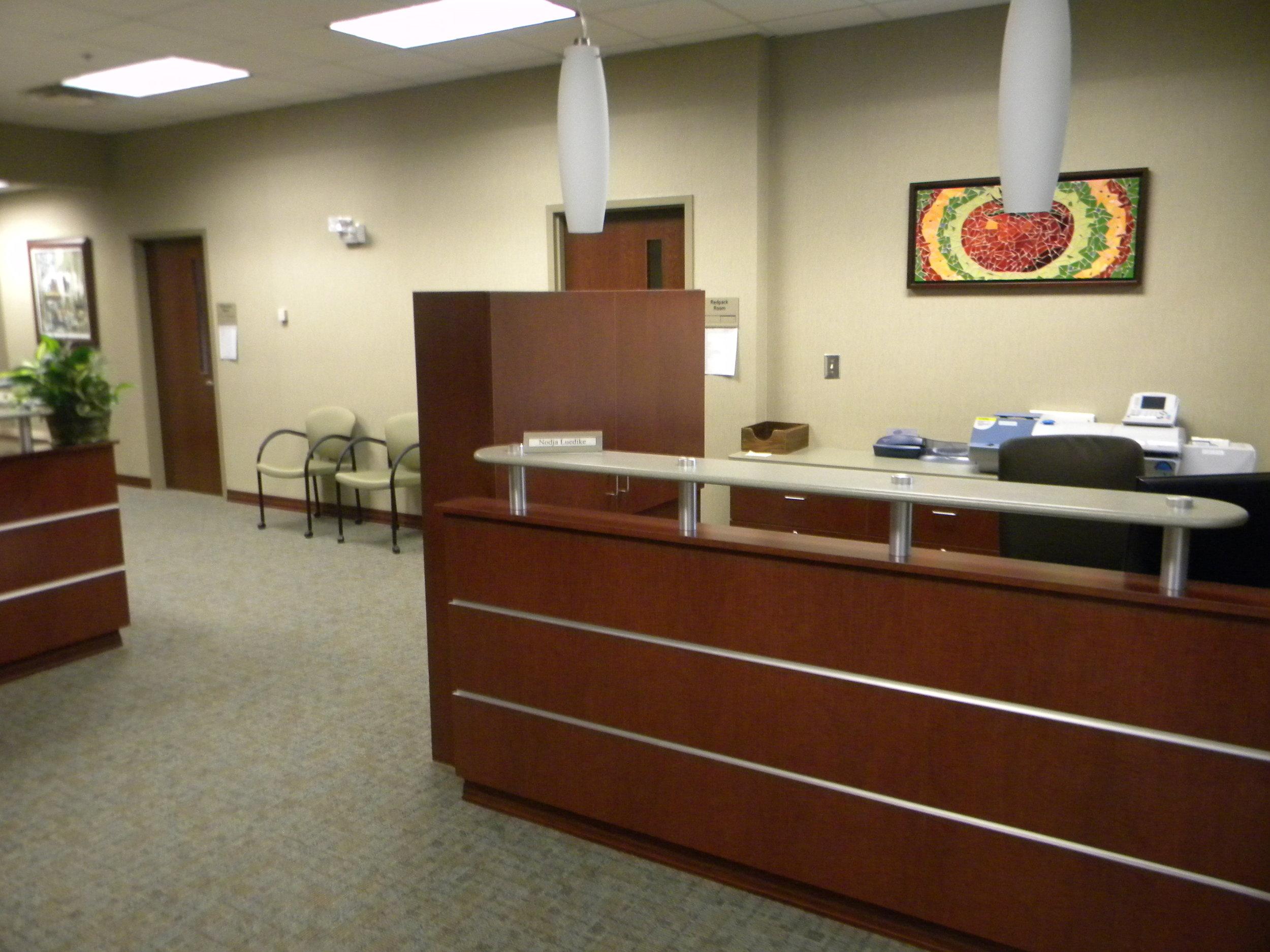 Office Cubicle 1.jpg