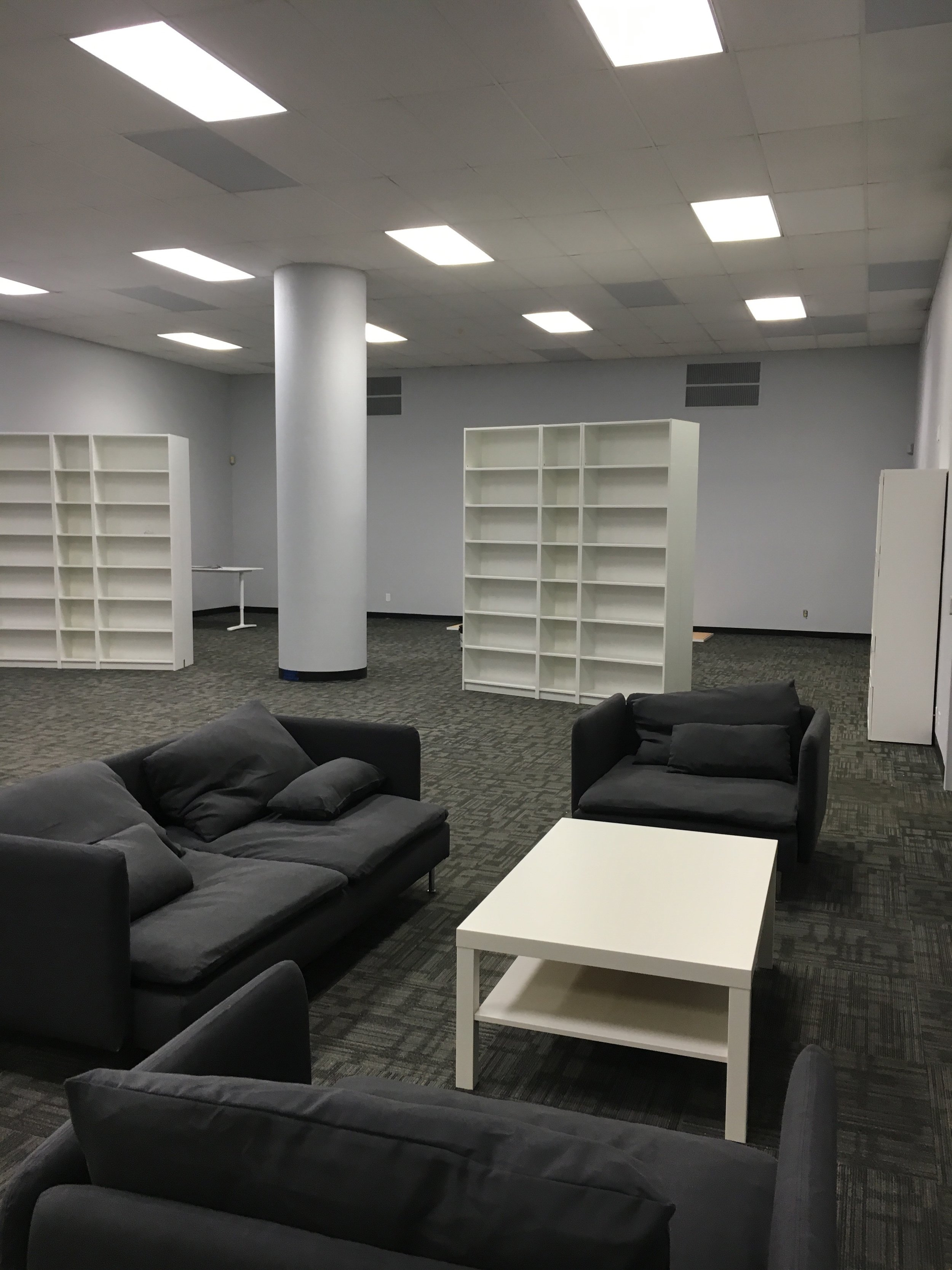 Office furniture rental in Milwaukee, Madison, and Wisconsin.