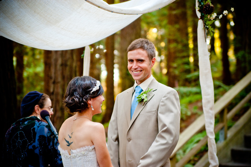 Groom smiling at camera during UC Berkeley Botanical Garden Wedding