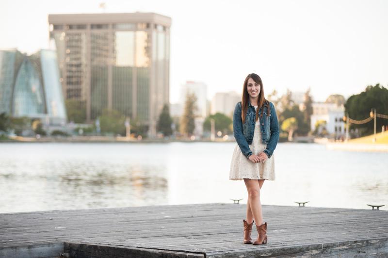 Senior Portrait session at Lake Merritt in Oakland