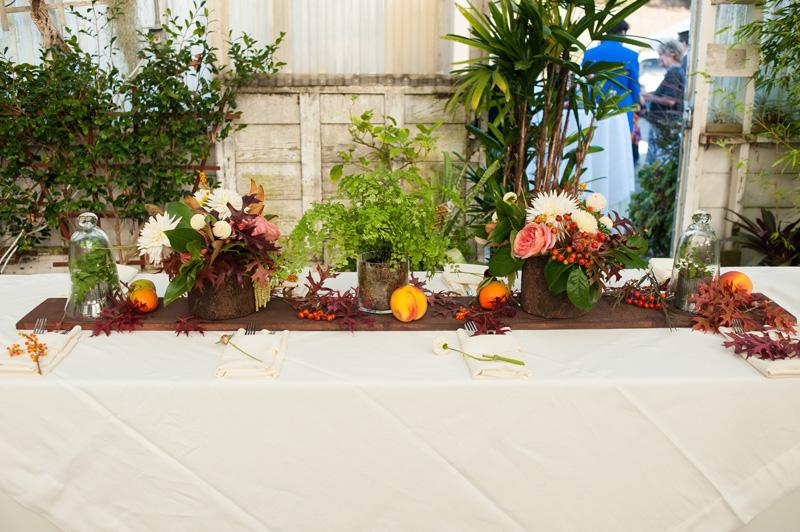 Wedding table arraignment