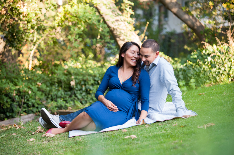 Maternity photos in Berkeley