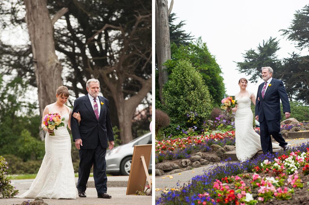 Father walking bride down the aisle at the Queen Wilhelmina Tulip Garden