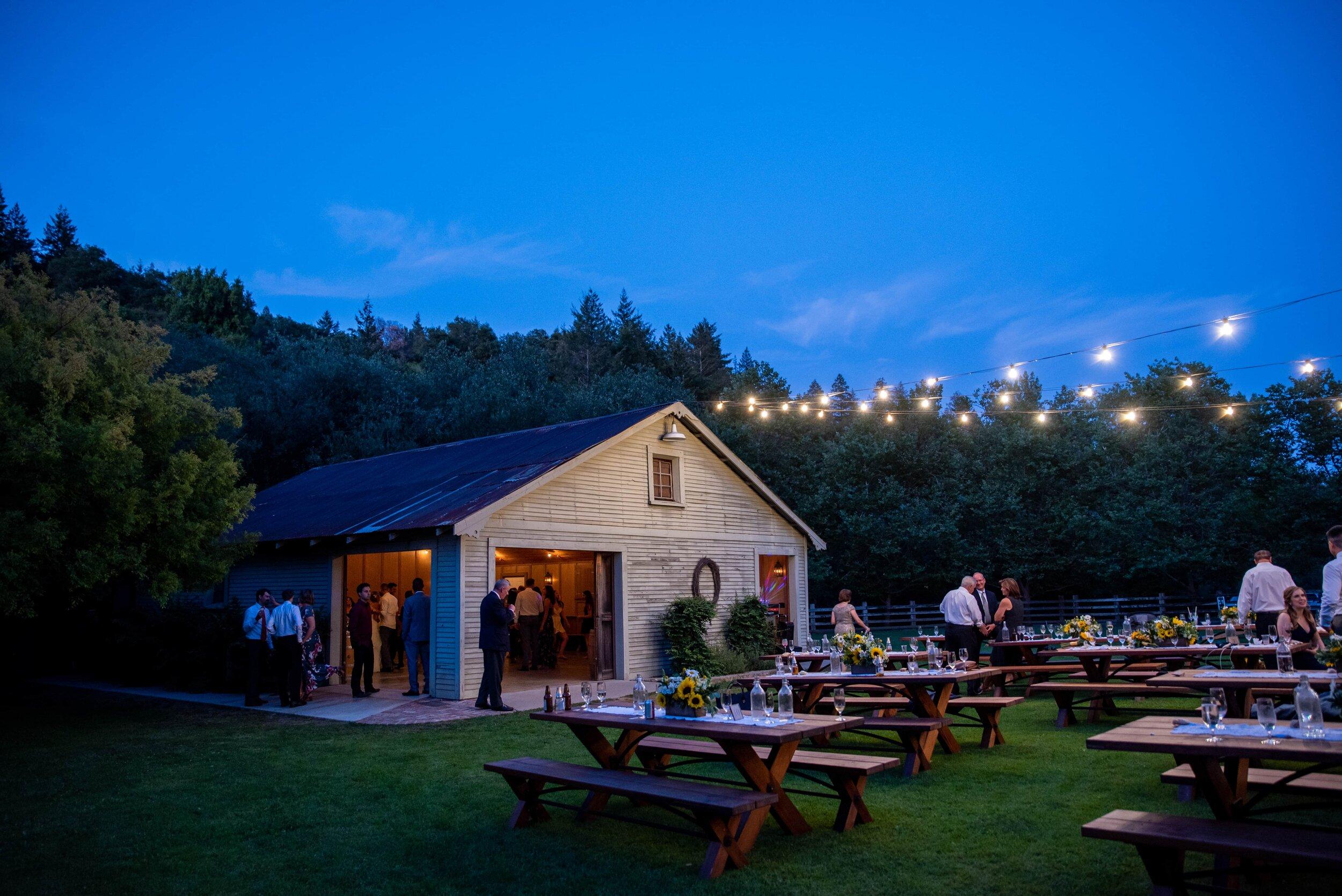 Radonich Ranch wedding at dusk