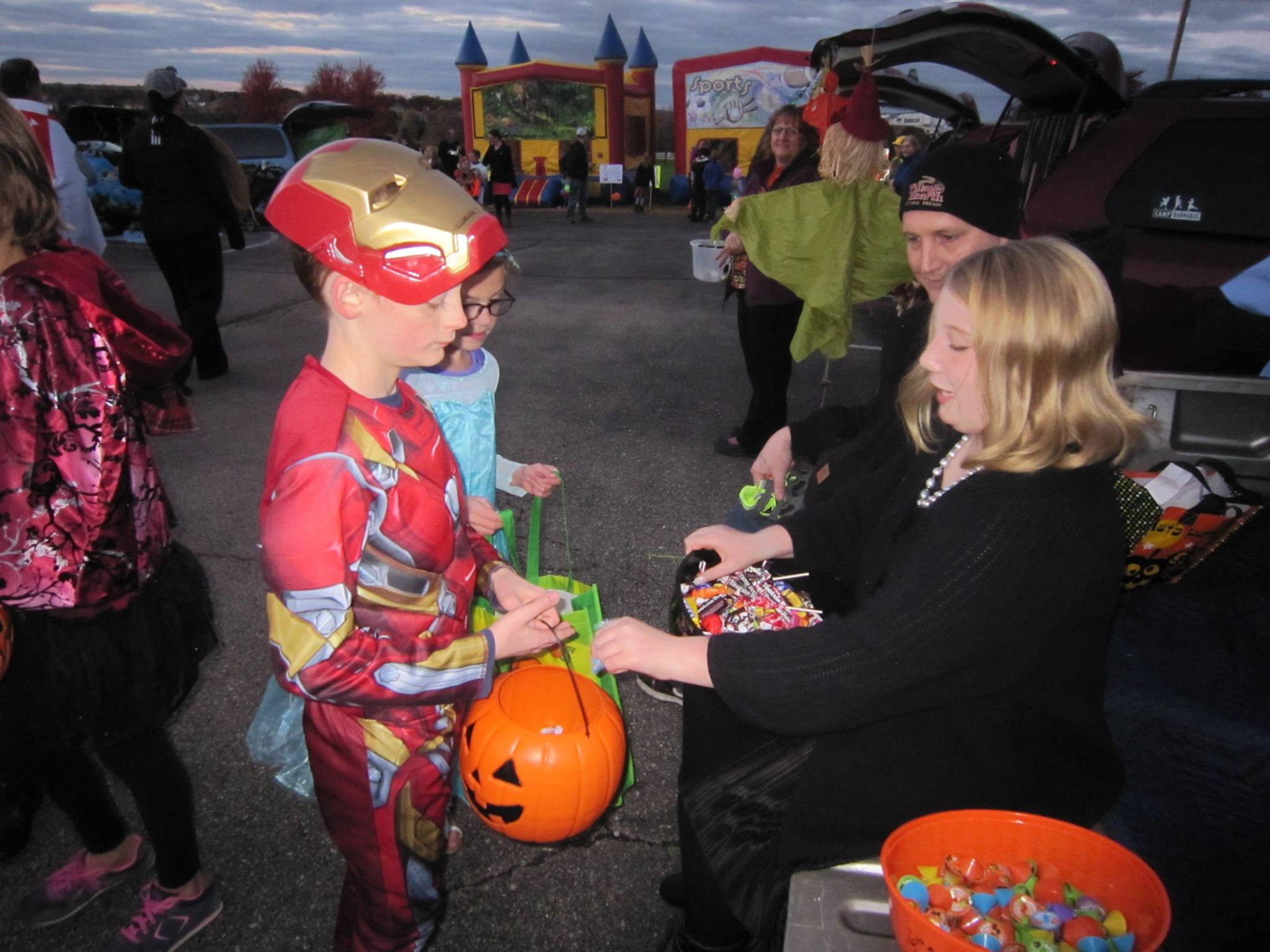 Community trunk or treat