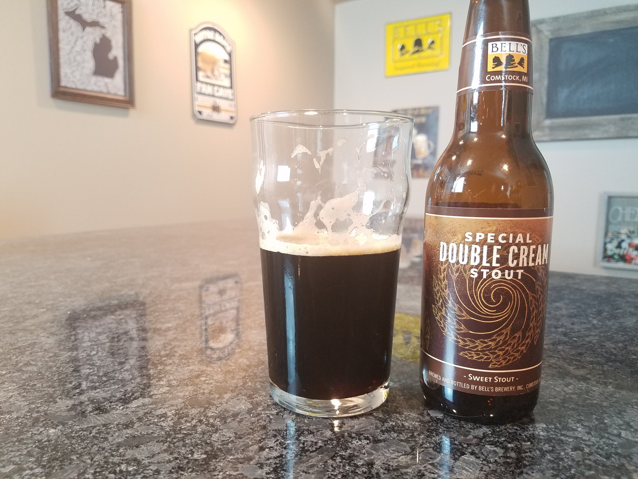 Special Double Cream Stout 2016 6.1% ABV - Want to see the Video review? Click on the image.