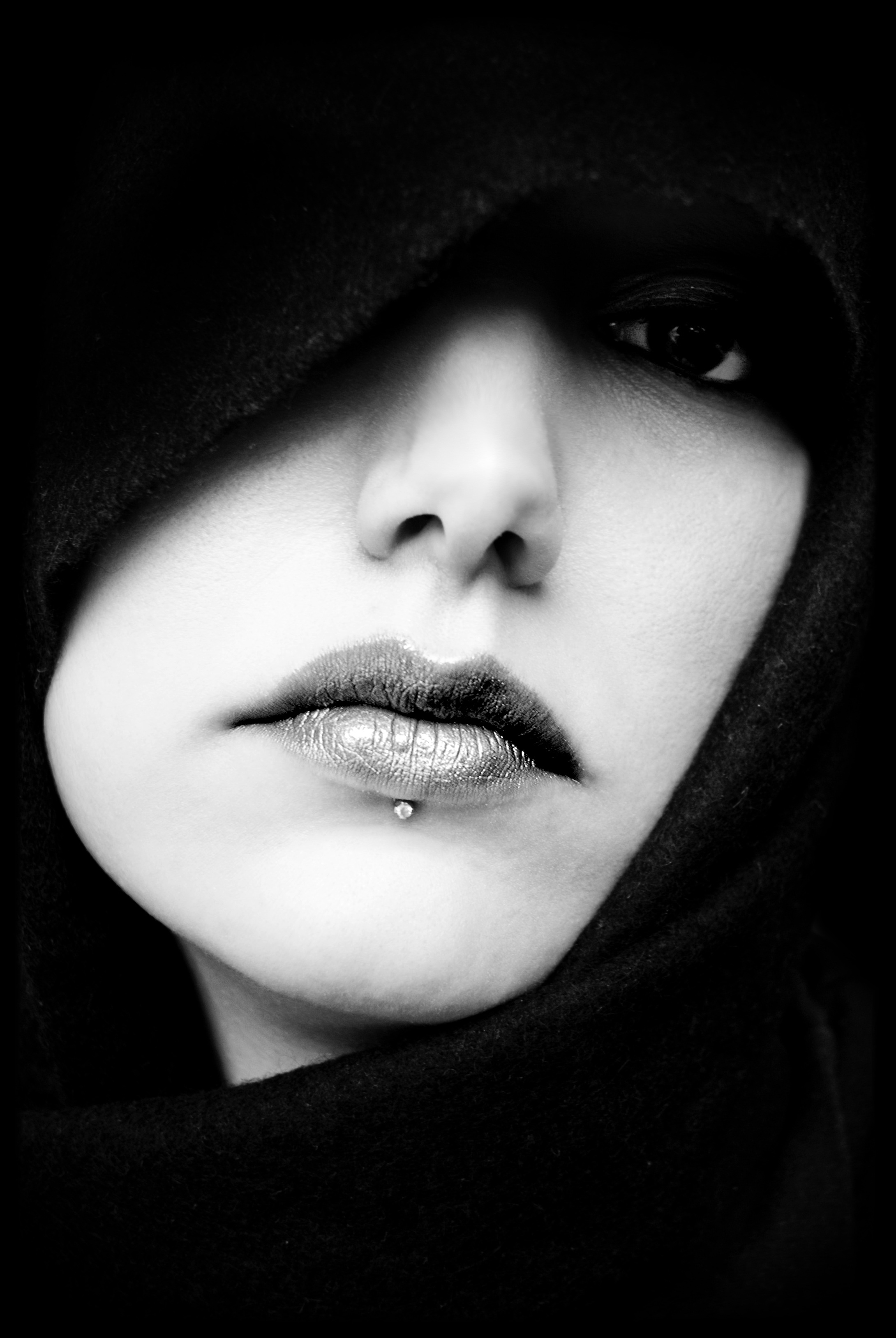 mouth-face-portrait-ms-39681.jpeg