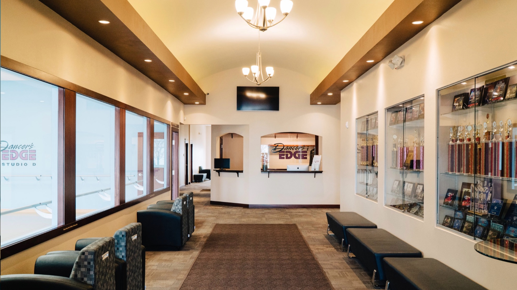 The Dancer's EDGE Lobby