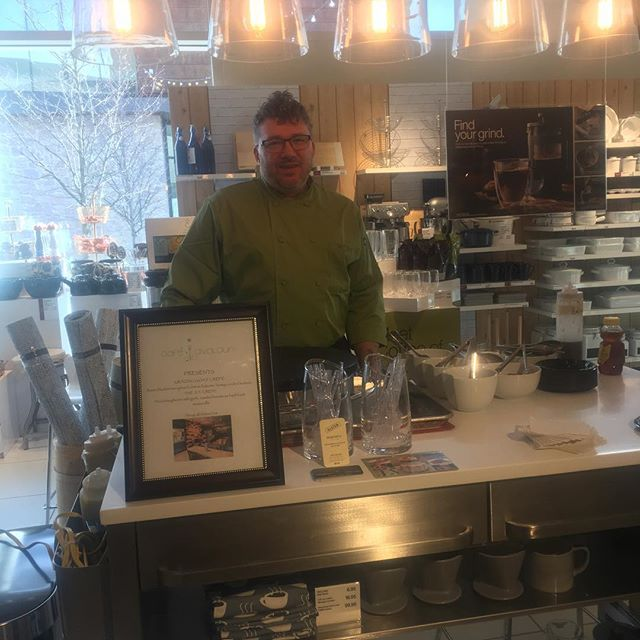 Chef Brian is at Crate and Barrel Legacy Village today sampling crepes and pastries and talking to engaged couples about their visions for their big day! . . #glutenfreewedding #bridalregistry #crepestation #weddingcatering . #whatceliacseat #glutenfreelife #glutenfreeliving #wheatfree #celiac #celiacdisease #nogluten #glutenfreefood #glutenfreediet #buzzfeedfood #gfliving #allthingsgf #sansgluten #glutenfreefoodie #glutenfreeeats #celiaclife #glutenfree #forkyeah #instayum #meandgfree #foundonfmgf #glutenfreelifestyle #glutenfreetravel #glutenfreelife #glutenfreefood #glutenfreefoodie #gftravel #glutenfreefollowme @cratewedding @crateandbarrel