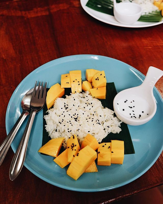 Mango sticky rice, can't believe I've only just tried this 🤤😲