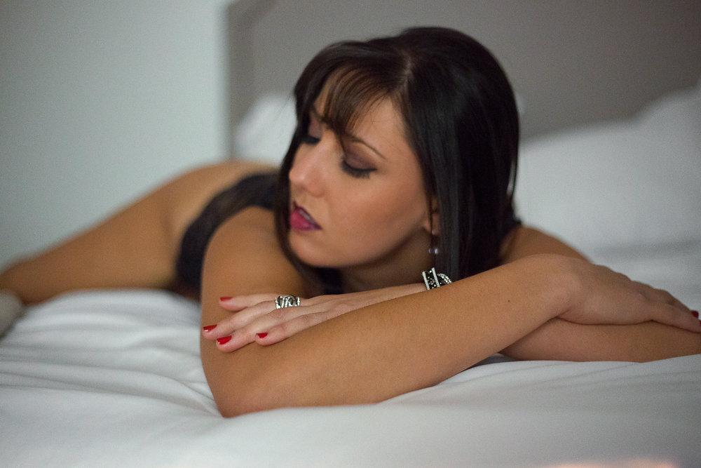 affordable boudoir photographer columbus