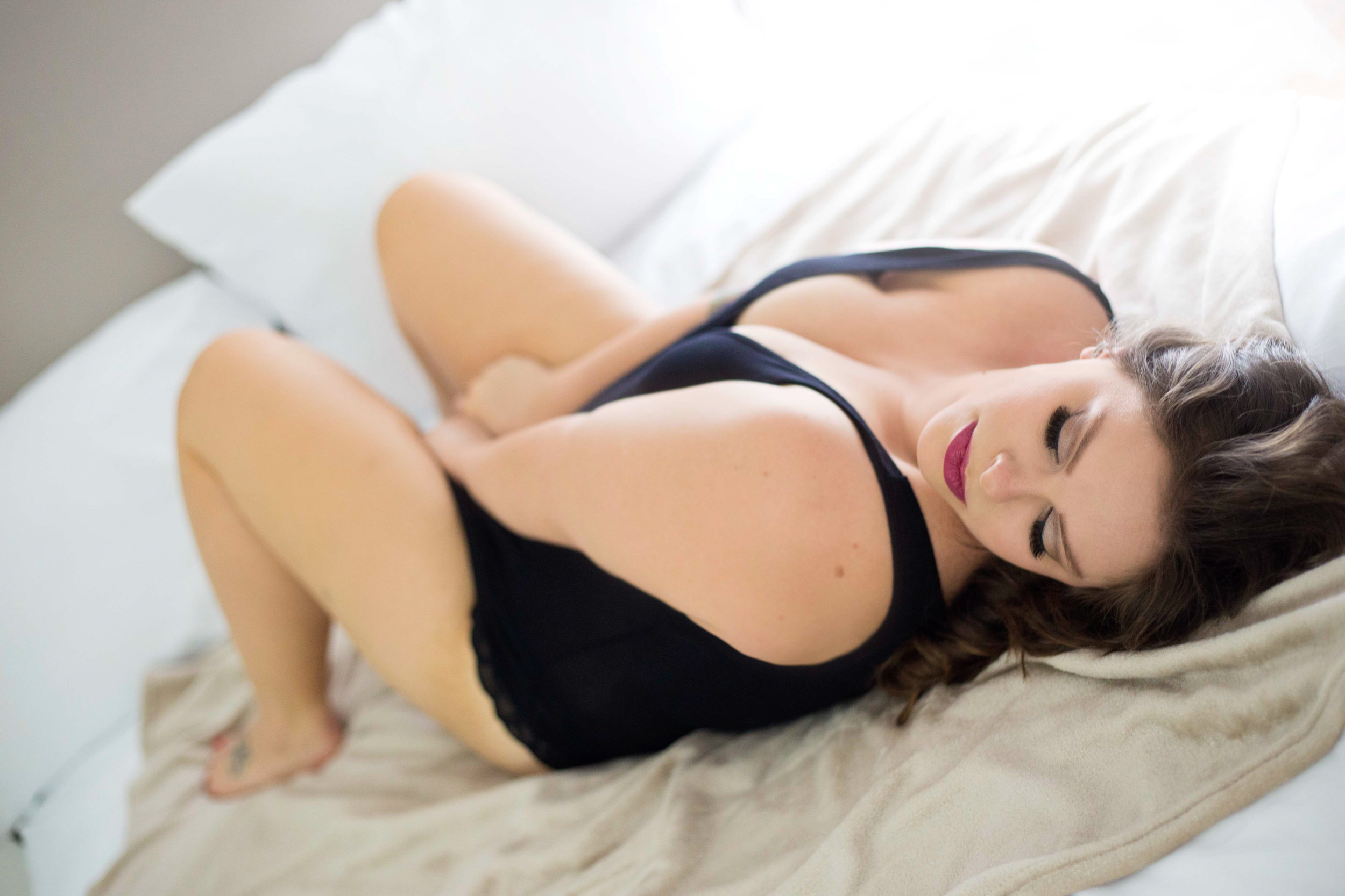 columbus boudoir sessions, sexual photo session, grooms gift ideas, sexy pictures