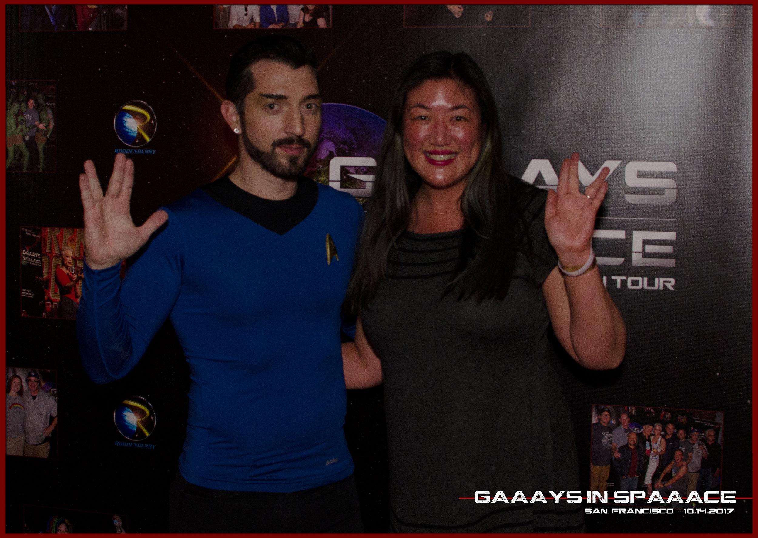 30-GIS-SF-10-14-2017-JimmyDurano-Fans-6.jpg