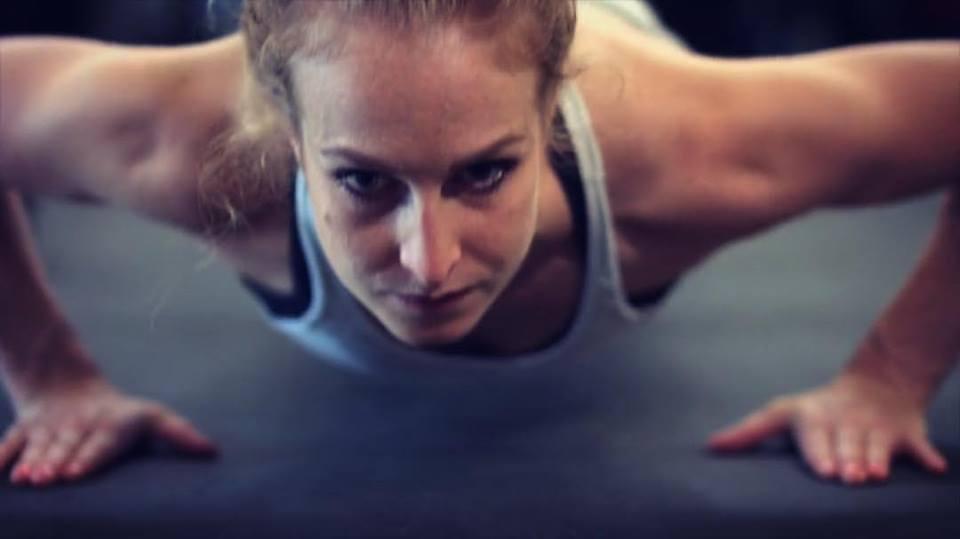 Push ups - Women fitness.jpg