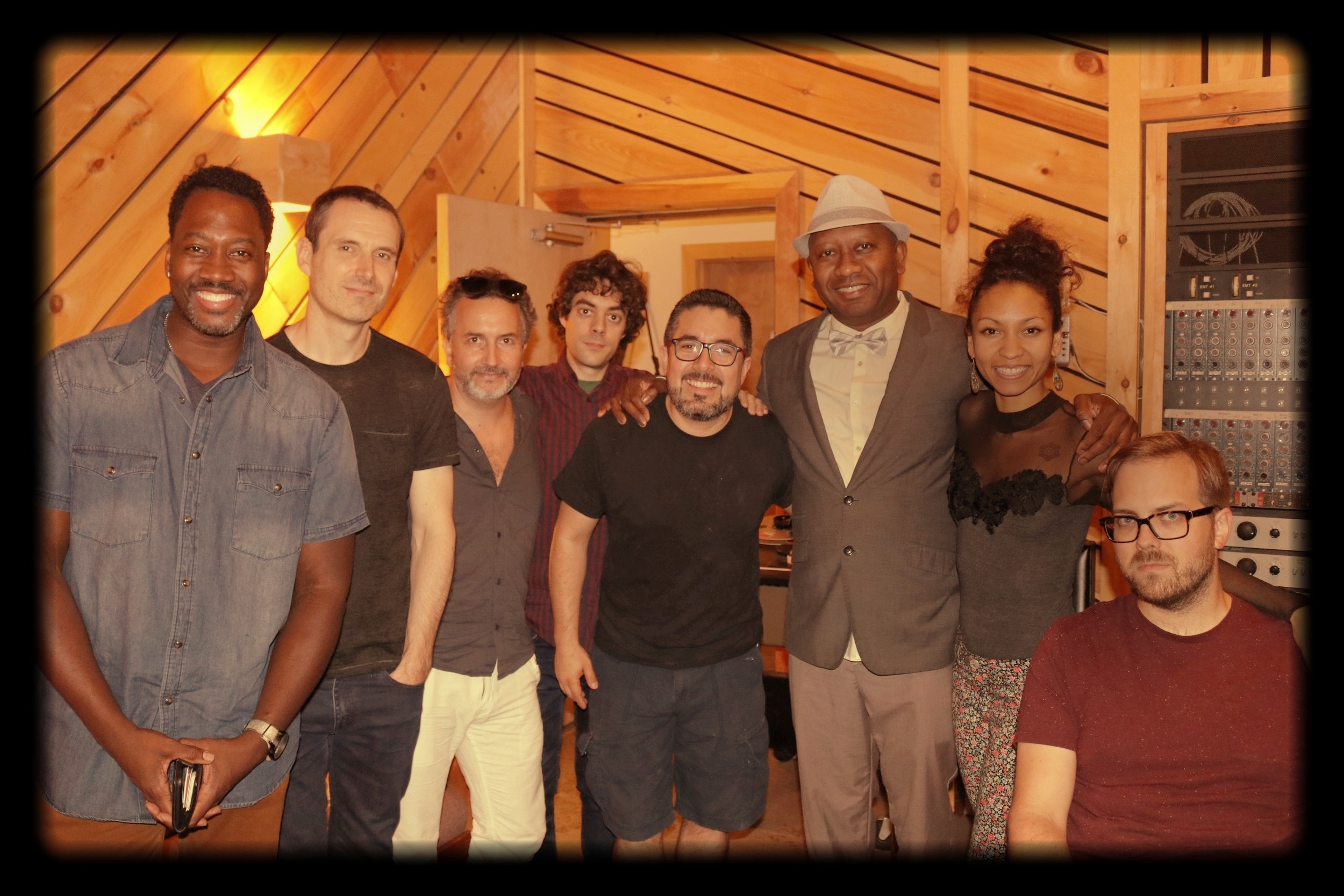 The quintet with flamenco guests artists Daniel Garcia and Samuel Torres and sound engineer John, from  The Bunker Studios.