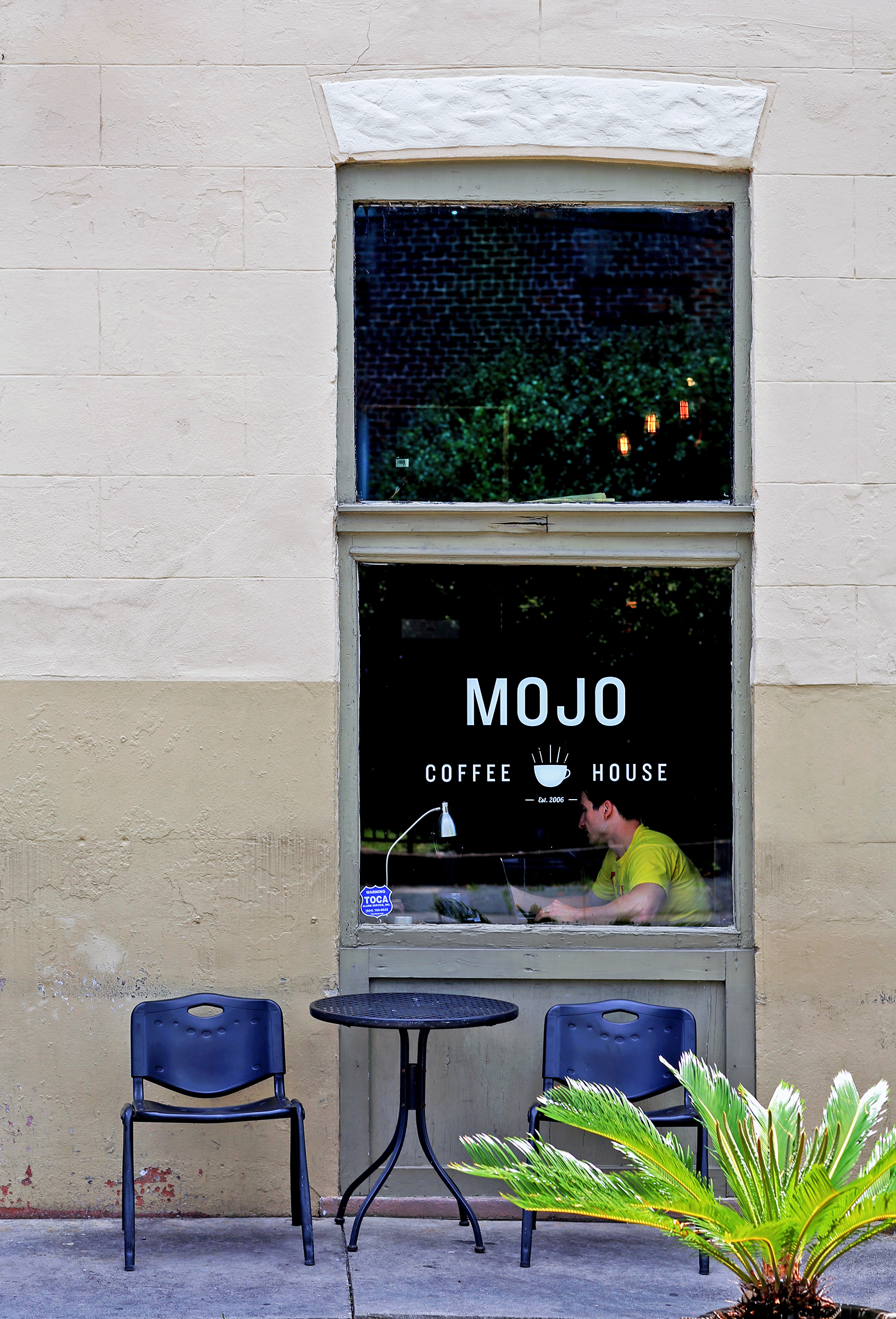 mojo-coffee-house-exterior-2.jpg