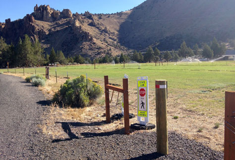 Overflow parking lot at Smith Rock State Park by the Turnaround Fee Station at the Northern Point