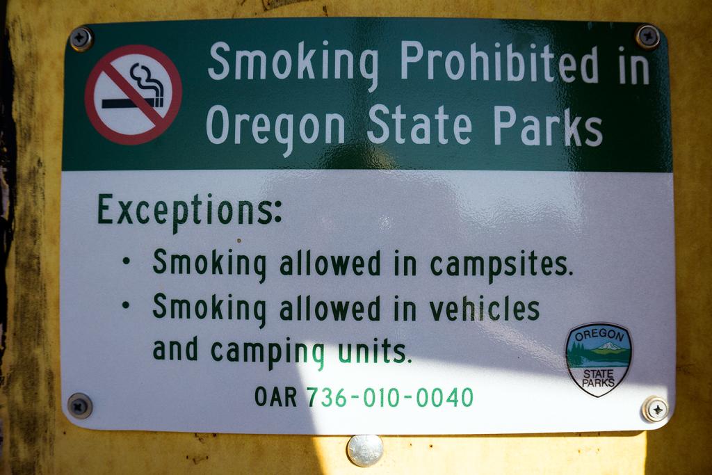 no smoking sign at Smith Rock State Park